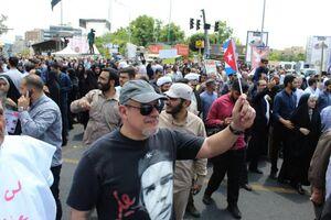 عکس/ سفیر کوبا با تیشرت چگوارا در راهپیمایی روز قدس تهران