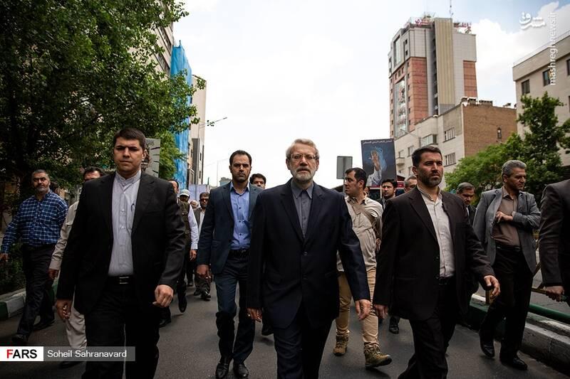 حضور علی لاریجانی در راهپیمایی روز قدس
