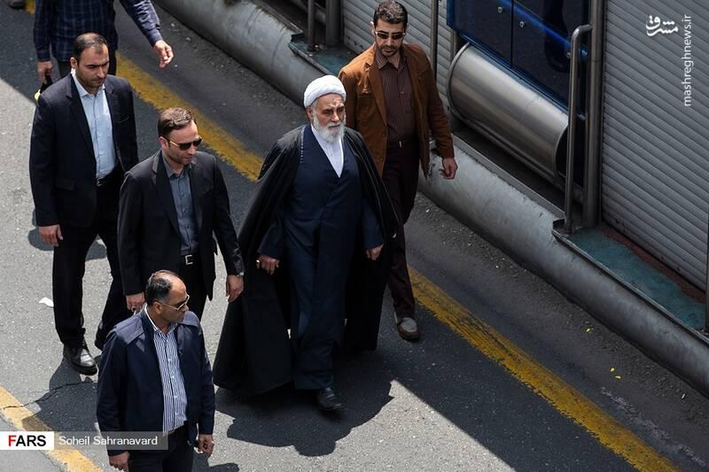 حضور حجت الاسلام ناطق نوری در راهپیمایی روز قدس