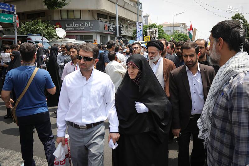 سید مصطفی خامنهای فرزند ارشد رهبرانقلاب در راهپیمایی روز قدس