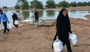توزیع «عیدانه» عید فطر بین سیلزدگان