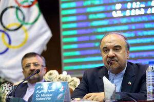 وزارت ورزش مهندسی میکند، وزیر خبرنگاران را متهم