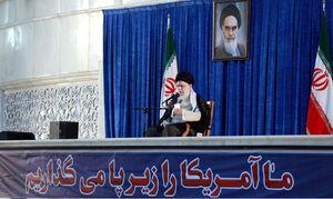 تصویری از رهبر معظم انقلاب در حرم مطهر امام خمینی(ره)
