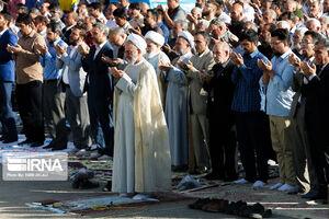 عکس/ نماز عید فطر در حرم سیدالکریم(ع)