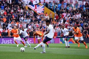 فیلم/ خلاصه نیمه نهایی لیگ ملتهای اروپا؛ هلند ۳-۱ انگلیس