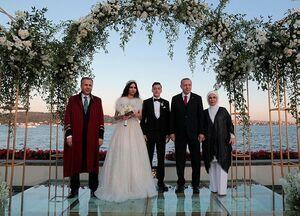 عکس/ حضور رئیس جمهور در عروسی فوتبالیست سرشناس