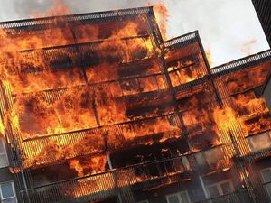 عکس/ آتش سوزی گسترده در لندن