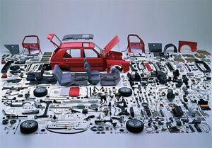 ادعای ۲ شرکت خودروساز مبنی بر کمبود قطعه، غیرواقعی است