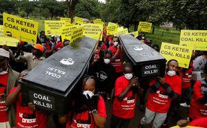 تابوت های اعتراضی فعالان محیط زیست کنیا