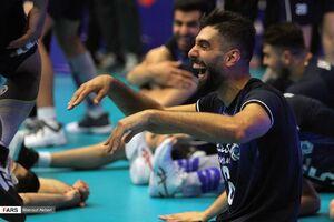 عکس/ پیروزی شیرین و سخت والیبالیستهای ایران مقابل لهستان