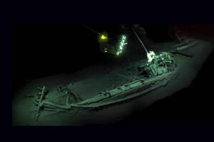 فیلم/ کشف کشتی سالم ۲۴۰۰ساله در بلغارستان