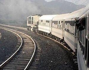 قطار اهواز از خط خارج شد +عکس