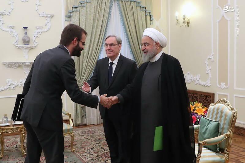 تقدیم استوار نامه سفیر جدید فرانسه به دکتر روحانی