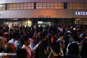 شور و شوق هواداران تراکتورسازی برای استقبال از دنیزلی