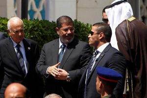 چرا مُرسی ذلیل و بشار اسد عزیز شد؟/ سه علت برای پایان یک انقلاب و ماندگاریِ یک نظام