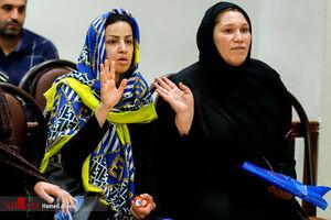 """عکس/ متهمان زن""""کیمیا خودرو"""" بدون چادر در دادگاه"""