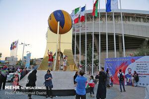 رفتار عجیب تماشاگران بازی ایران و فرانسه