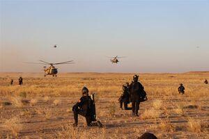 عکس/ پاکسازی مناطق بیابانی از تهدیدات امنیتی در عراق