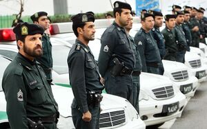 وظیفه سنگین نیروی انتظامی برای حفظ اقتدار «پلیس»/ کدام جریانها به دنبال تضعیف «پلیس» هستند؟ +فیلم