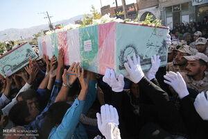 رنگ حماسه در پنجشنبه داغ تهران/ حضور چشمگیر مادران شهدا در این مراسم +عکس و فیلم