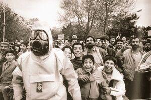 تصویری جالب از مانور آمادگی مقابله با حملات شیمیایی عراق