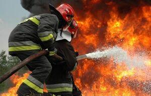 مهار آتش سوزی در انبار بزرگ لوازم خانگی در جنوب تهران