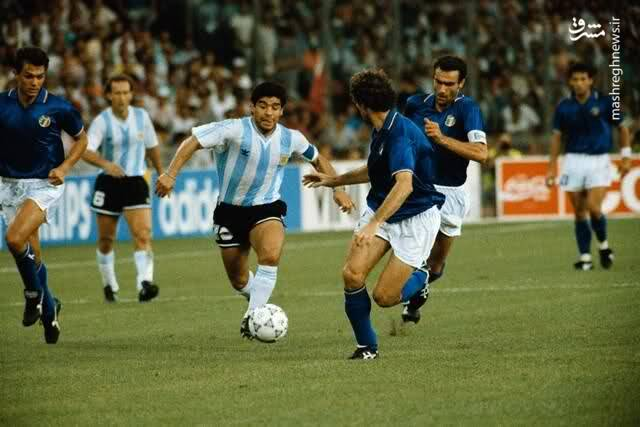 گابریل کالدرون و مارادونا در تیم ملی آرژانتین مقابل ایتالیا - نیمه نهایی جام جهانی 1990
