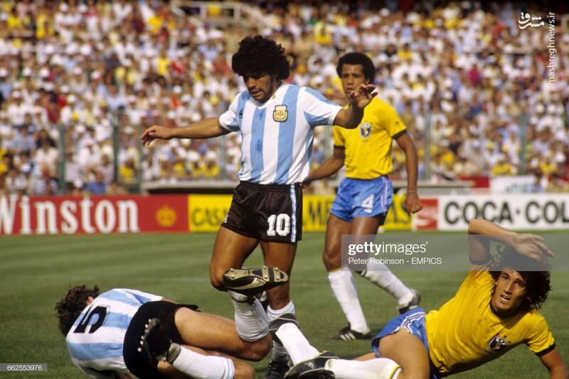 گابریل کالدرون و مارادونا در تیم ملی آرژانتین مقابل برزیل - جام جهانی 1982