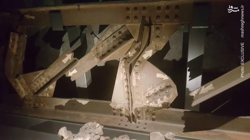 برخی از ستون های آهنی خم شده بر اثر حرارت انفجار، به موزه هیروشیما منتقل شده است.