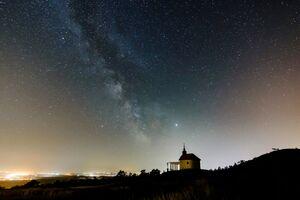 نمایی زیبا از کهکشان راه شیری در آسمان مجارستان