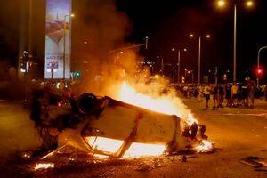 عکس/ به آتش کشیدن خودروها در تل آویو