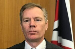واکنش سفیر انگلیس در تهران به پیوستن کشورش به ائتلاف دریایی