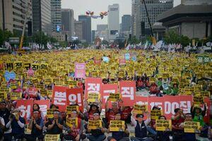 عکس/ تظاهرات گسترده کارگران در سئول
