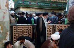 عکس/ نماز شب حجتالاسلام رئیسی در حرم حضرت معصومه (س)