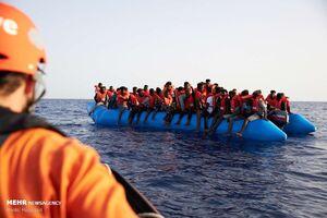 کشف کانتینر حامل ۲۵ پناهجو در مسیر انگلیس