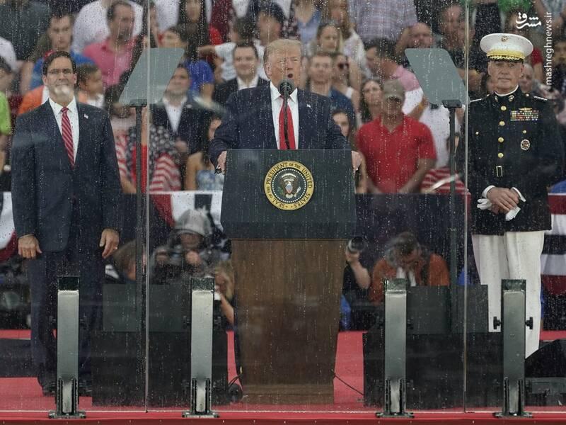 سخنرانی ترامپ از پشت شیشه ضدگلوله