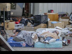 عکس/ وضعیت اسفناک زلزلهزدگان آمریکایی