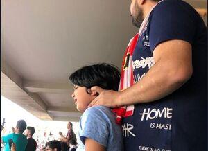 تلاش یک پدر برای نجات پسربچهاش در تمرین پرسپولیس +عکس