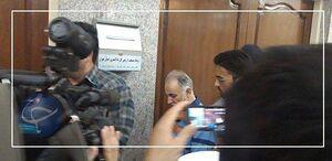 عکس/ ورود نجفی به دادگاه