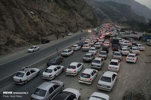 عکس/ ترافیک روزهای تعطیل در محور هراز