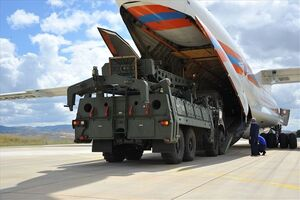 عکس/ تحویل محموله اس 400 روسی به ترکیه