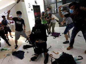 عکس/ تظاهرات خونین در هنگ کنگ