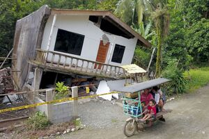 خسارت زلزله مهیب در فیلیپین