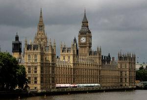 برای پیشرفت در پارلمان انگلیس باید به نمایندهها خدمات جنسی بدهید/ سوءاستفاده از کارآموزان و رابطه جنسی در ازای ترفیع شغلی +عکس و فیلم