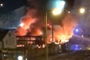 وقوع آتشسوزی مهیب در غرب لندن