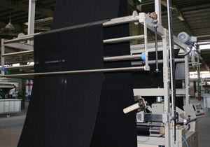 واردات انحصاری، گریبان چادر را هم گرفت/ رد پای پارچه و مواد اولیه تولید چادر تا انبارهای احتکار دلالان