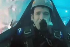 فیلم/ تمرینات طاقت فرسای خلبانان