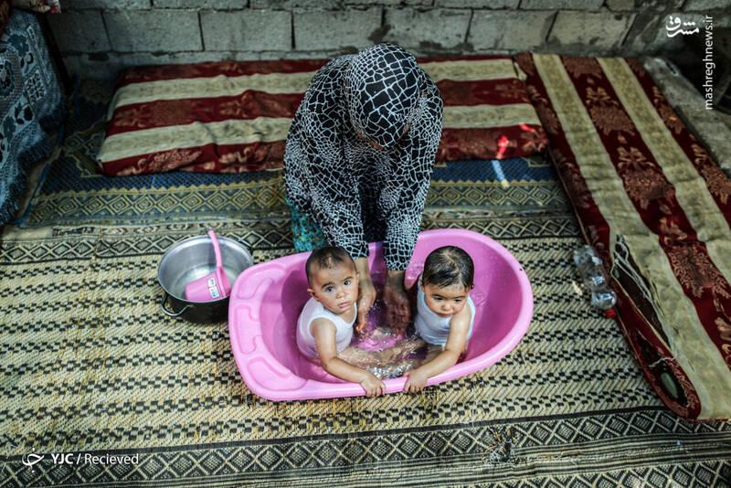 آبتنی کودکان فلسطینی