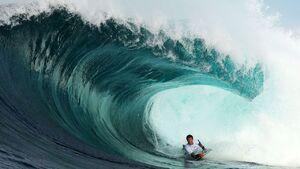 تصاویر دیدنی از موجسواری در سیدنی