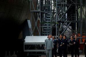«کیم جونگ اون» از زیردریایی هستهای کرهشمالی رونمایی کرد
